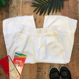 Anthro Cloth & Stone White Cropped Wide Leg Pants